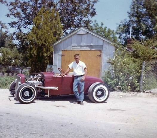 "Hot rod in street - Vintage pics - ""Photos rétros"" -  - Page 3 28190410"