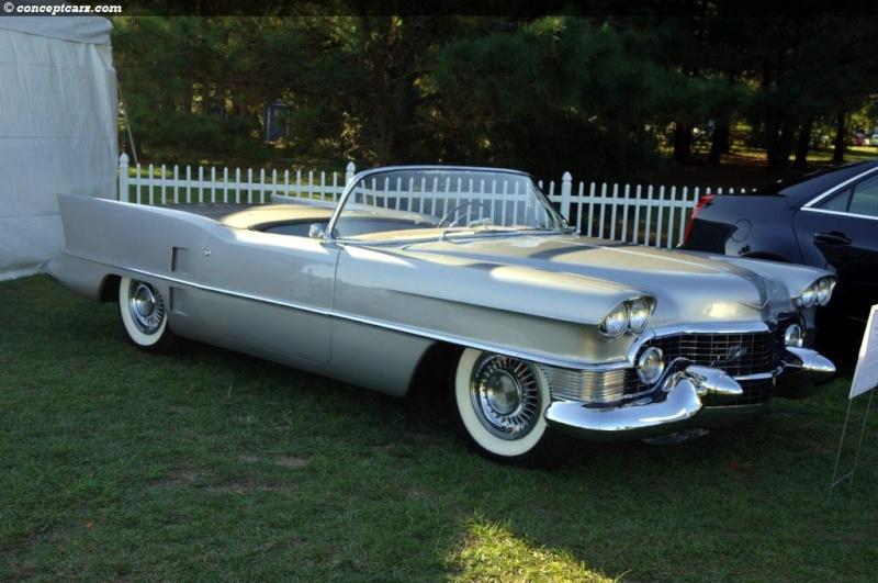 1953 Cadillac Le Mans concept. 53-cad10
