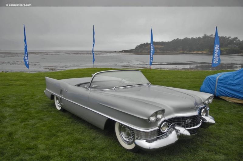 1953 Cadillac Le Mans concept. 53-cad12