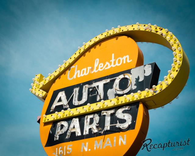 Recapturist - photos d'enseignes néons et bâtiments - vintage sign pics 1950's USA Charle10
