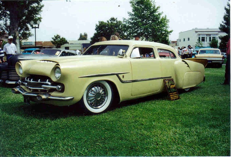 1947 Studebaker - Modern Grecian - Earl Wilson's - George Barris Earl-w10
