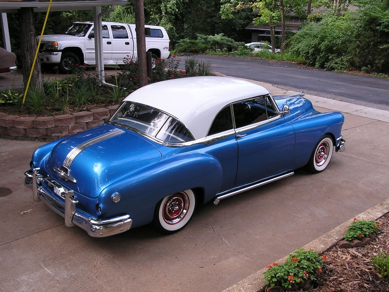 Pontiac 1949 - 54 custom & mild custom - Page 2 Erzer10