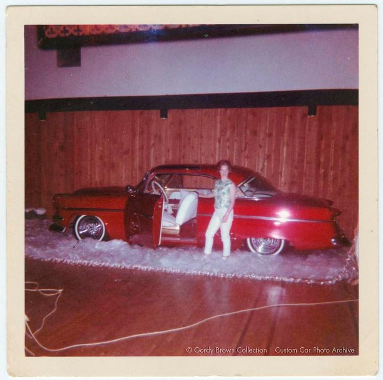 Ford 1952 - 1954 custom & mild custom - Page 6 Godryb11