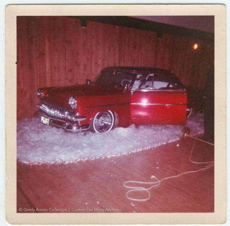 Ford 1952 - 1954 custom & mild custom - Page 6 Godryb13