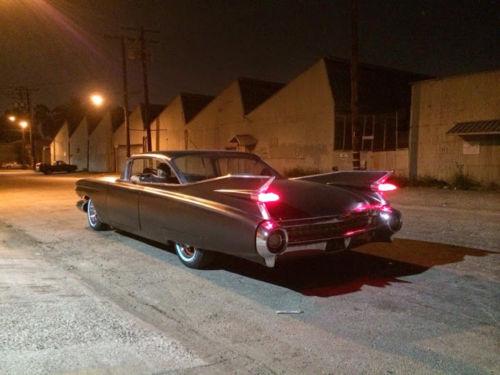 Cadillac 1959 - 1960 custom & mild custom - Page 2 Hhjjhf10