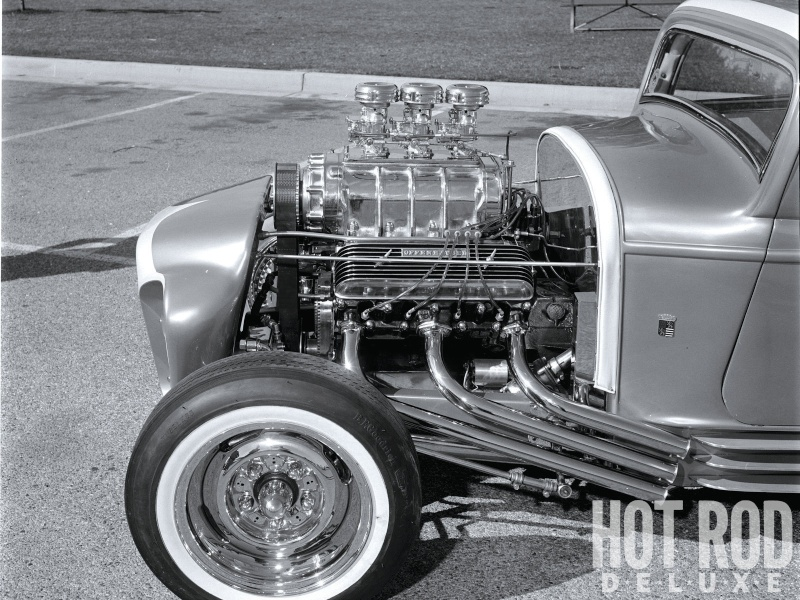 The Little Deuce Coupe - The Silver Sapphire - Clarence Catallo's 1932 Ford Hrxp-113