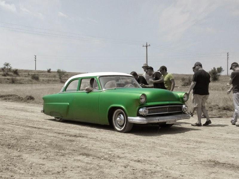 Ford 1952 - 1954 custom & mild custom - Page 5 Img_1110