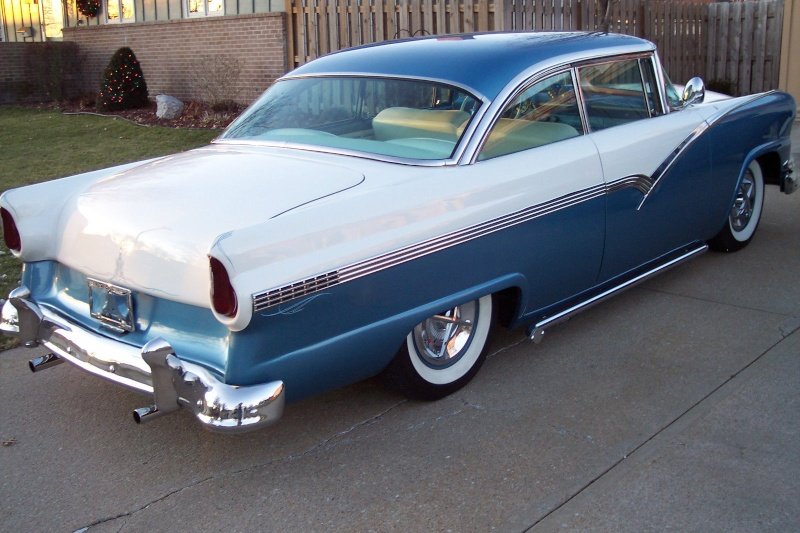 Ford 1955 - 1956 custom & mild custom - Page 3 Khiuy10