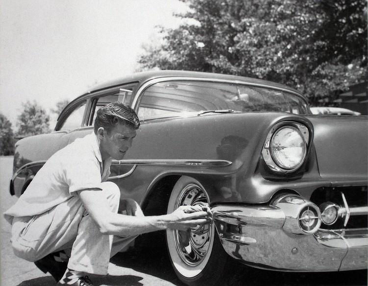 Chevy 1956 custom & mild custom - Page 3 Lanny-14