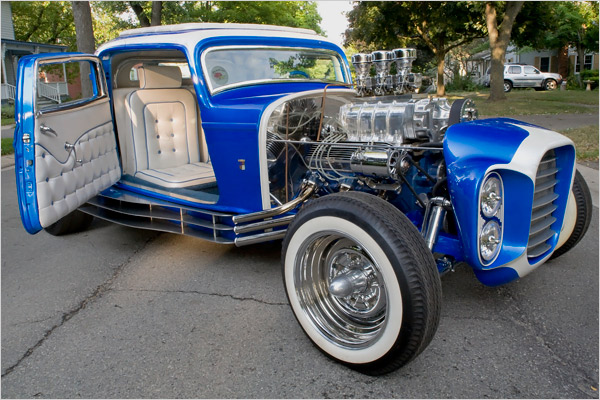 The Little Deuce Coupe - The Silver Sapphire - Clarence Catallo's 1932 Ford Little18
