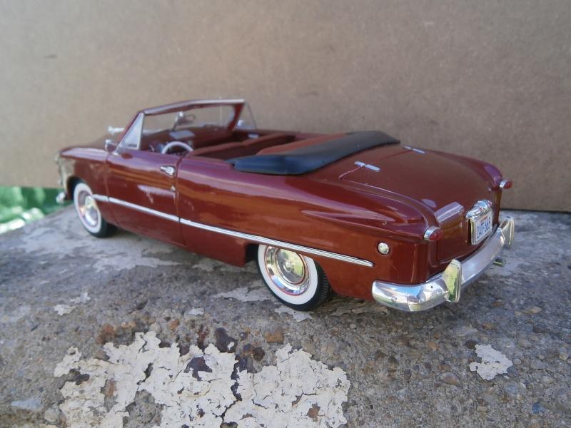 American classic car - Hot Rods & Customs 1/18 scale P6040033