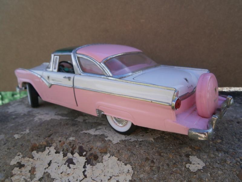 American classic car - Hot Rods & Customs 1/18 scale P6040035