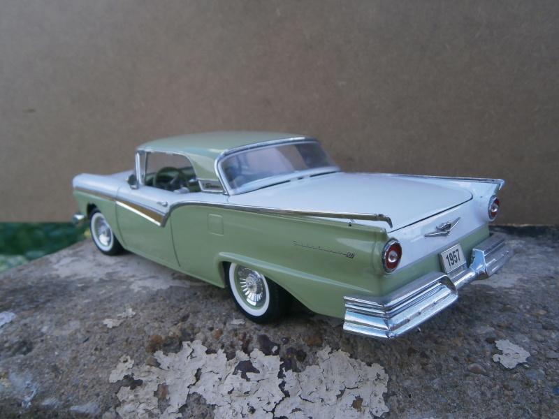 American classic car - Hot Rods & Customs 1/18 scale P6040038