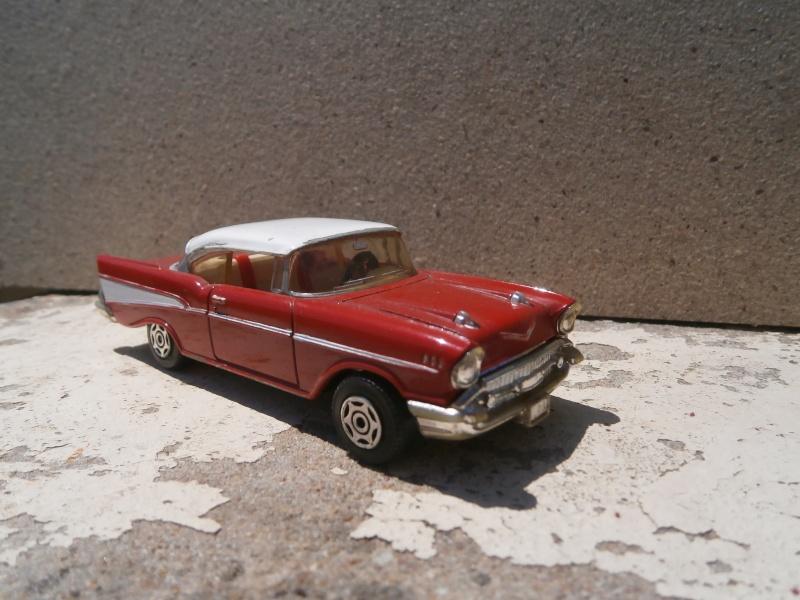 Classics Cars Corgi 1/43 scale P6200013