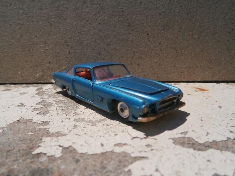 Classics Cars Corgi 1/43 scale P6200022