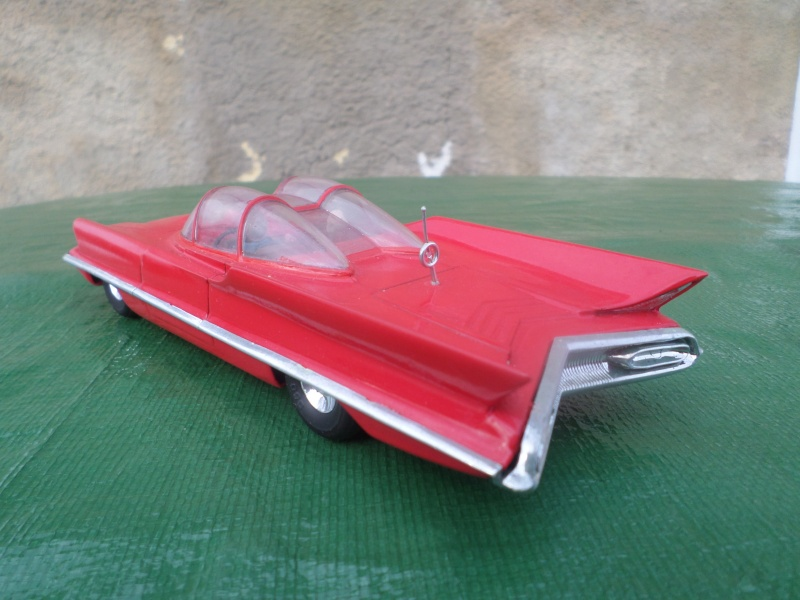Bubble top, Dream car and show rod - Model kit and Diecasts Sam_1429