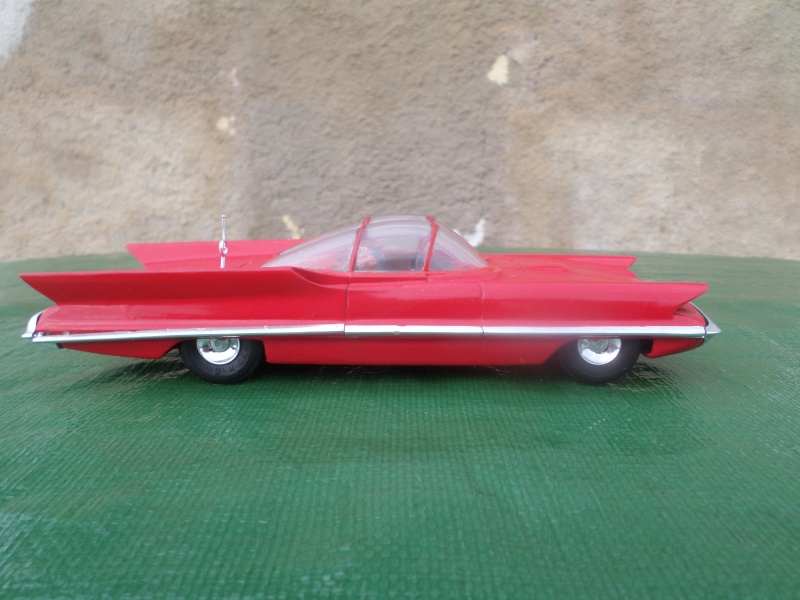 Bubble top, Dream car and show rod - Model kit and Diecasts Sam_1430