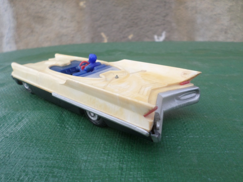 Bubble top, Dream car and show rod - Model kit and Diecasts Sam_1450