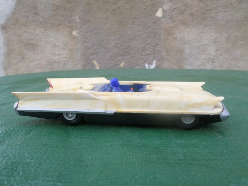 Bubble top, Dream car and show rod - Model kit and Diecasts Sam_1451