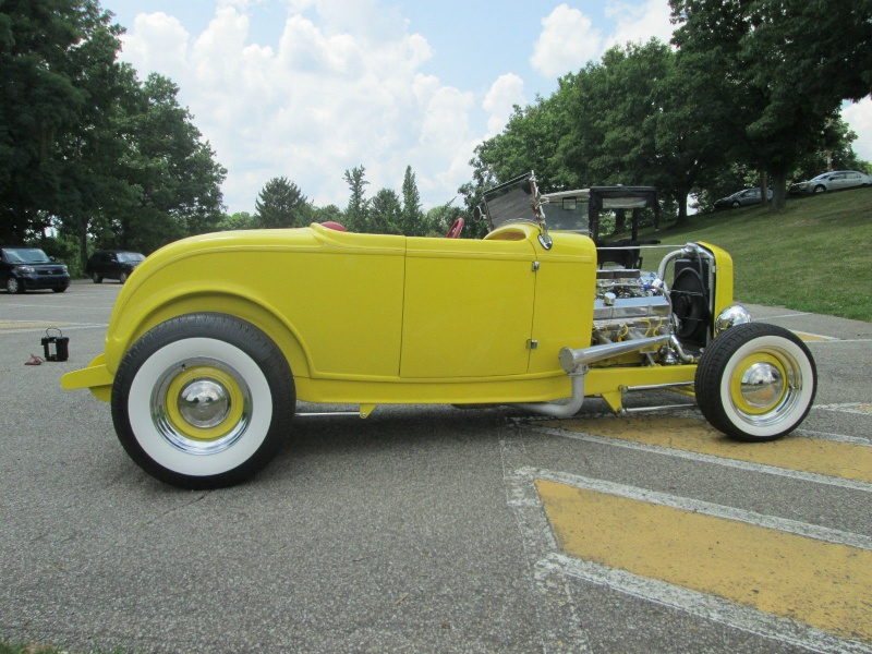 1932 Ford hot rod - Page 9 Sdggd10