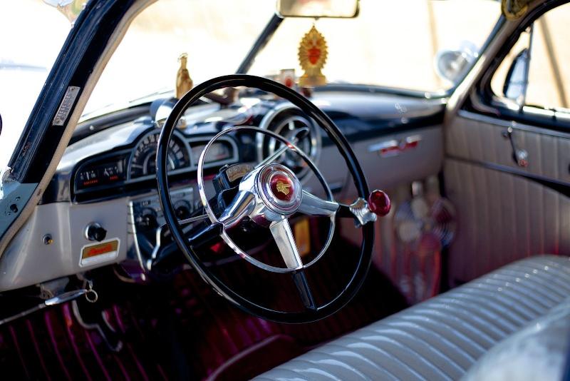 Pontiac 1949 - 54 custom & mild custom - Page 2 Trurtu10