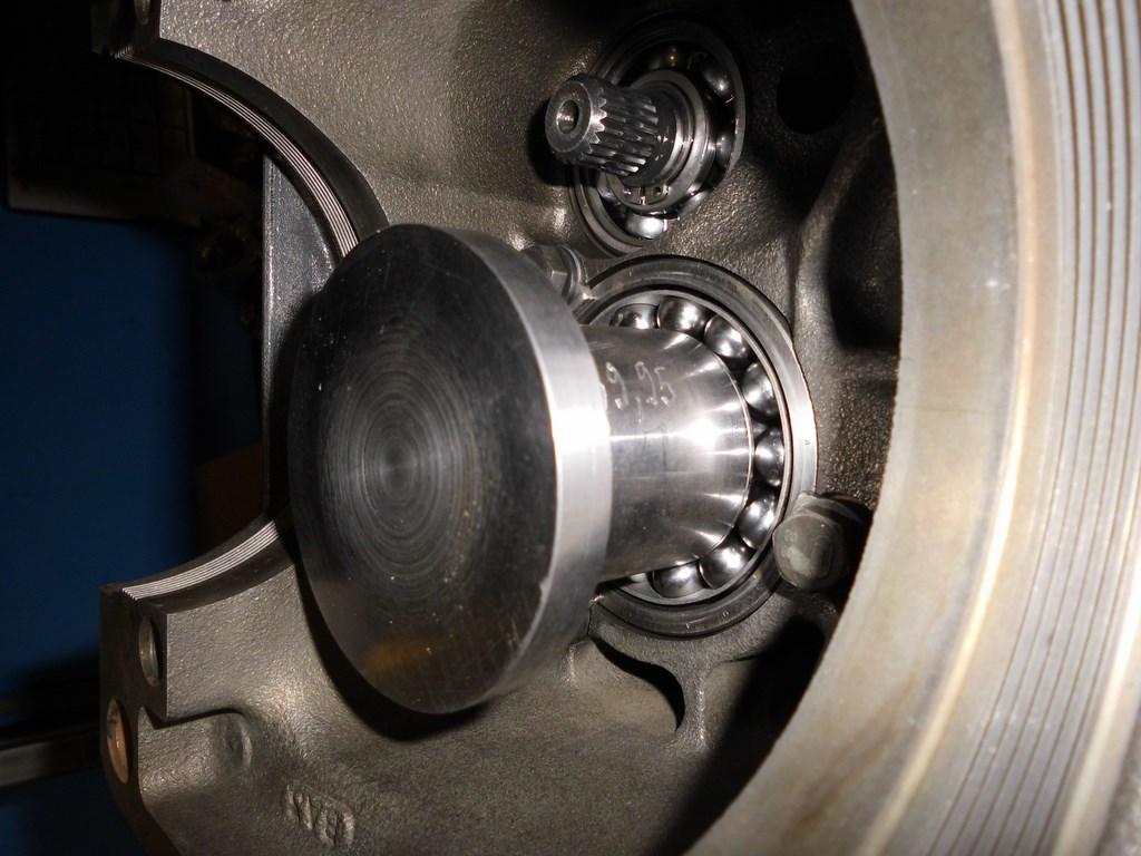 Les calibres pour régler la profondeur du pignon d'attaque Dsci0911