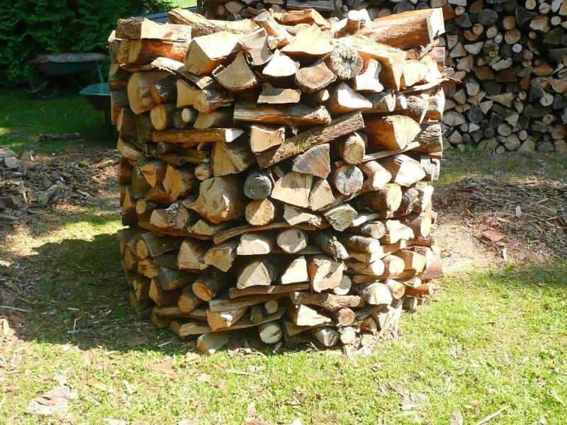 Une meule pour stocker son bois : A17