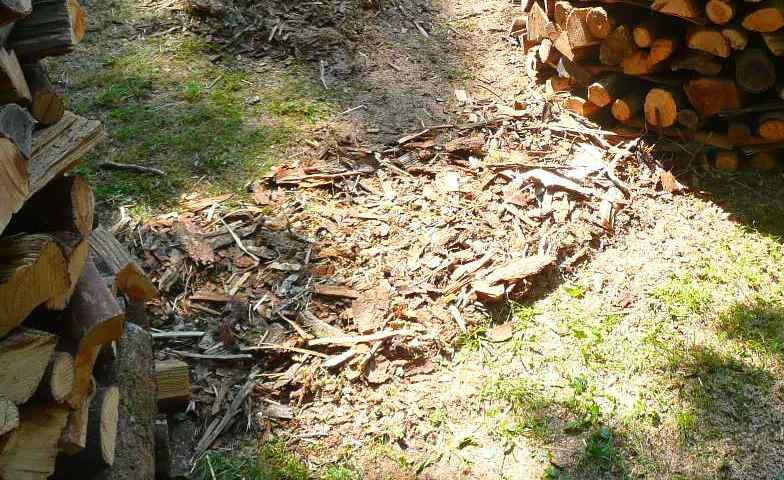 Une meule pour stocker son bois : I11