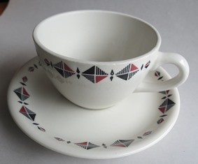 Cup 3616 and saucer for Jeremy  Cl_riv10