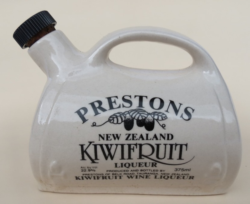 For gallery 1457 Prestons Kiwifuit Liqueur bottle  Y_pres10
