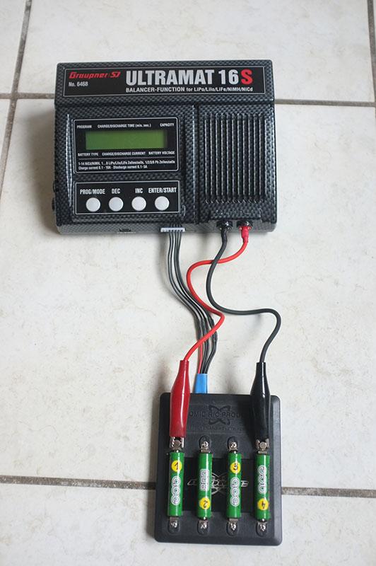 ultramat - Chargeur Graupner Ultramat 14 plus - Page 2 Dscf0410