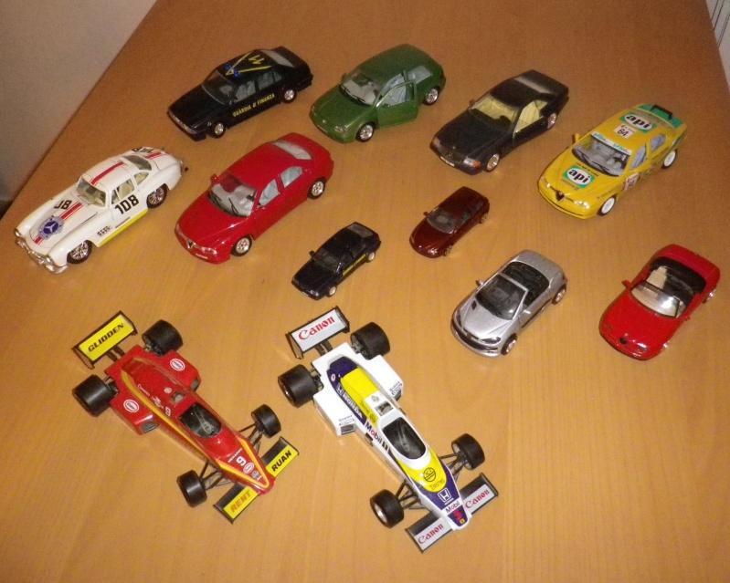 BURAGO & altre - Lotto di 12 automobili scala 1/24 0118