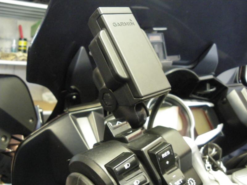 support GPS pour Garmin Zumo Imgp2410
