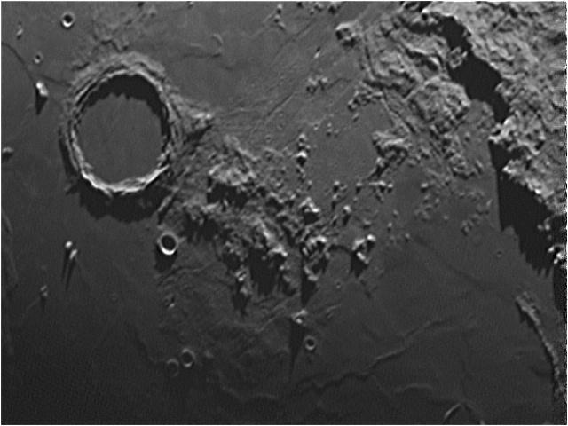 La Lune Chaine10