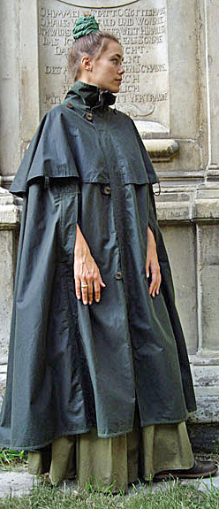 Le coin mode - Je cherche un poncho de pluie élégant pour la ville [vêtements de pluie] Peleri10