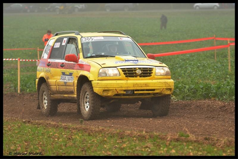 Recherche photos ou video Suzuki jaune N°305 Triage13