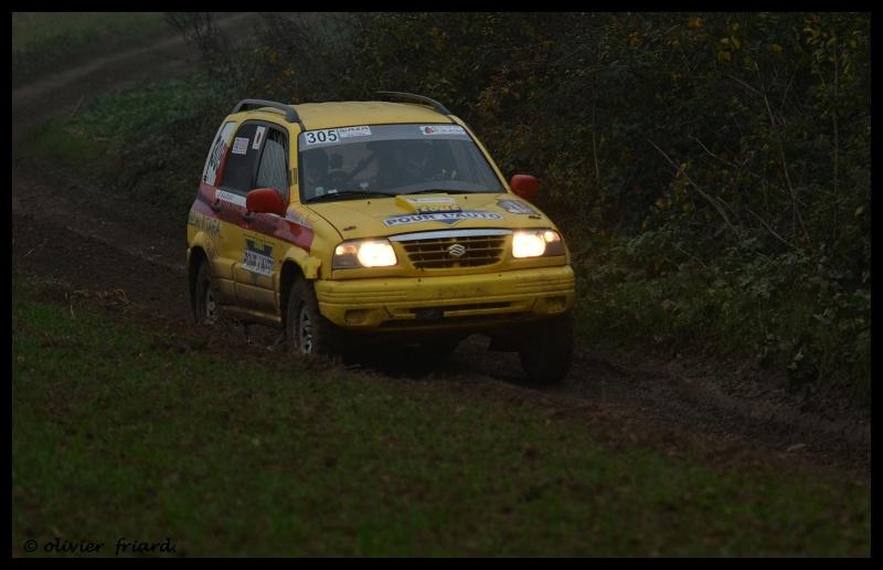 Recherche photos ou video Suzuki jaune N°305 Triage14