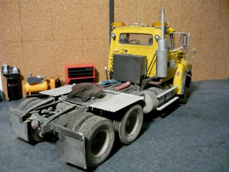 Ford  Aeromax avec fardier 35 tonnes - Page 2 P1130052