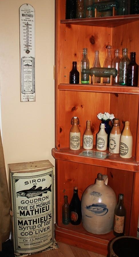 Cabinet de pharmacie sirop Mathieu Coin_p10
