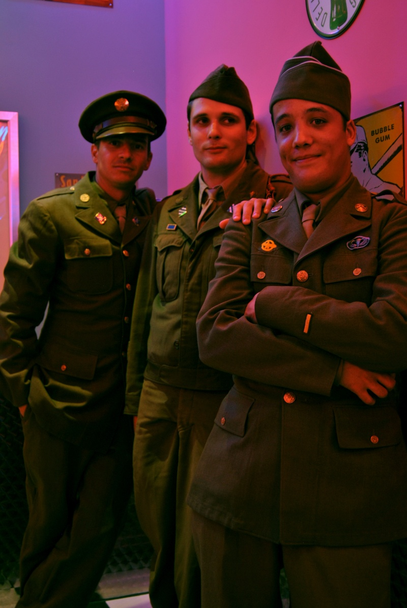 Soirée repas Pin up with soldiers 40/50s Groupe12