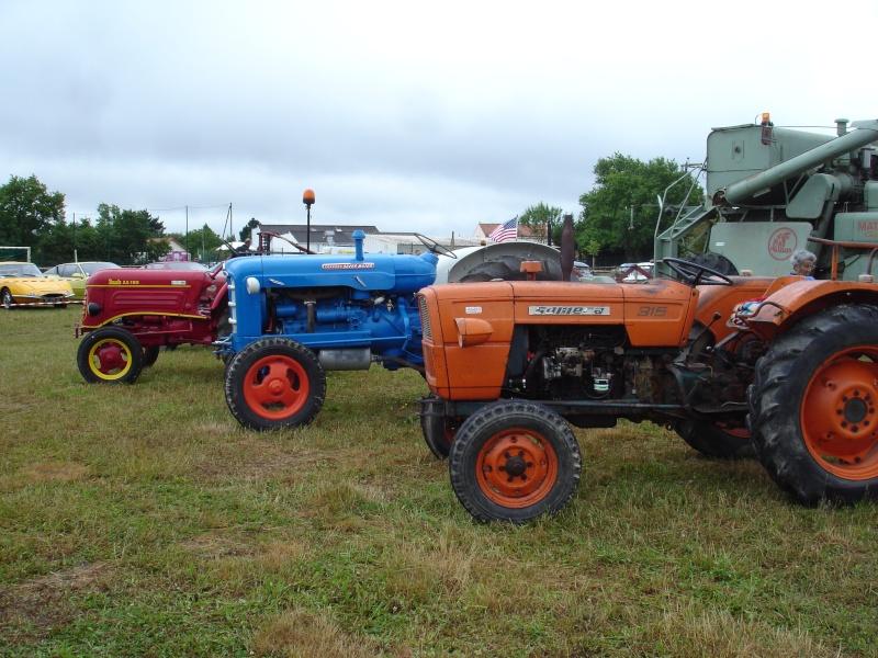 Rassemblement véhicules anciens à la Chaize le Vicomte le 13 juillet 2014 Dsc02823