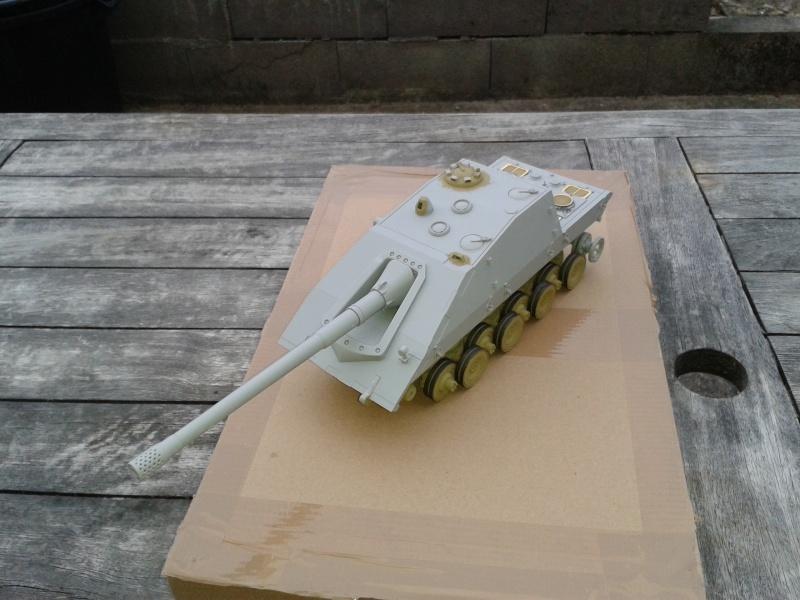 german jagdpanzer E100 de chez trumpeter  1/35 002_210