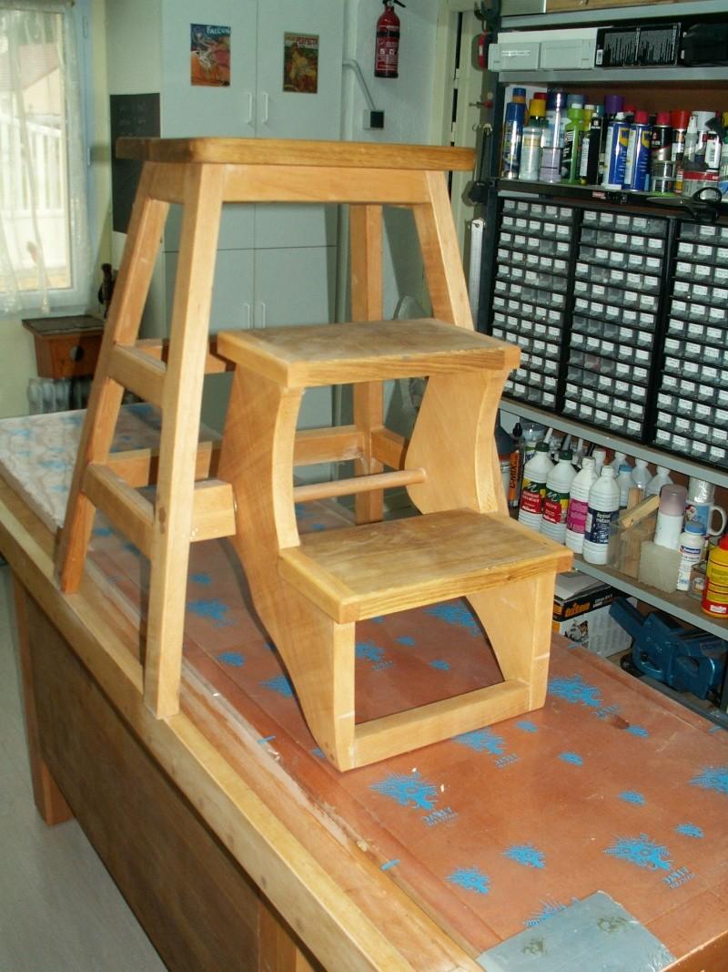 Assis ou debout : un tabouret-escabeau Pict0013