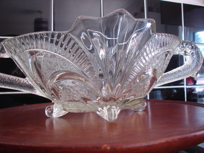 Help id glass fish/serpert bowl Dsc01710