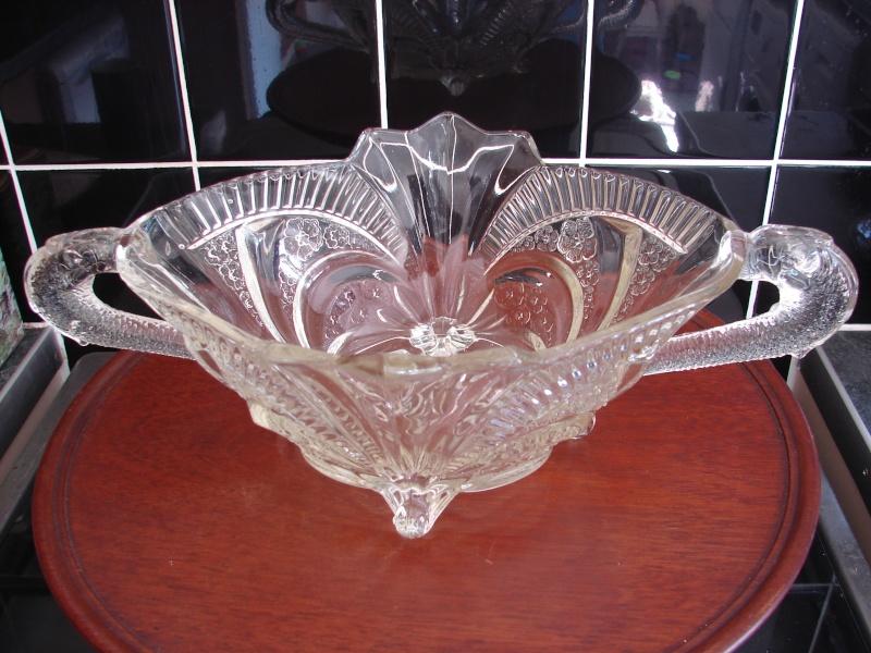 Help id glass fish/serpert bowl Dsc01711