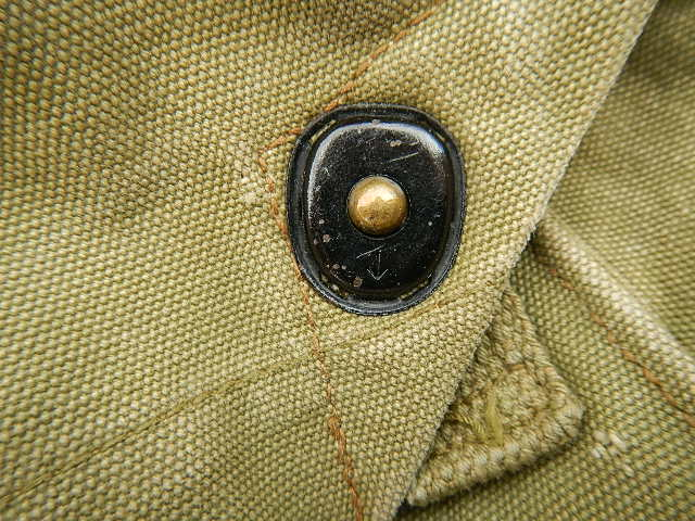 WWII Gas mask bag Old_ba26