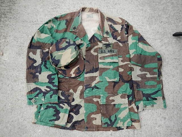 USN DCU &  BDU  blouses  Seal_010