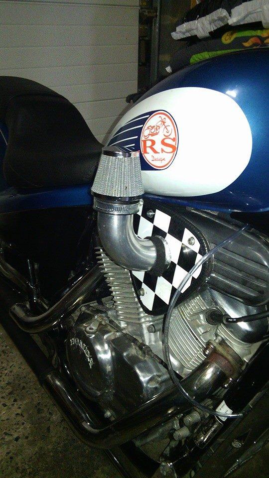 600 Shadow de 1988 - Remplacer la boite à air ? adapter version mono carburateur ?  10612710