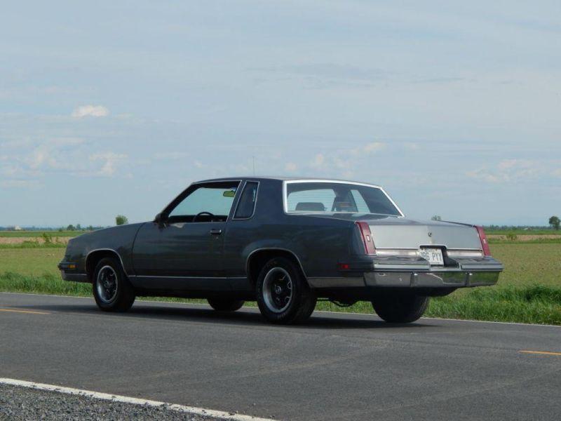 1986 Oldsmobile Cutlass  _20_210