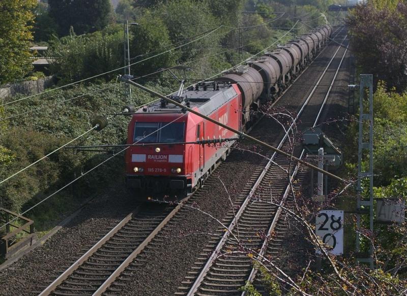 Was die Züge so bewegt ... 185_2710